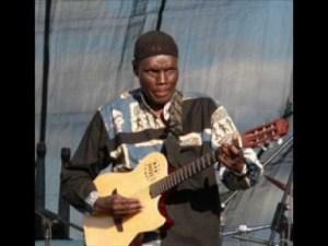 Oliver Mtukudzi - Tinomuchema